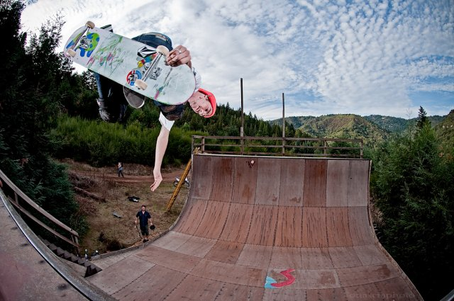 caswell-berry-backside-air_0